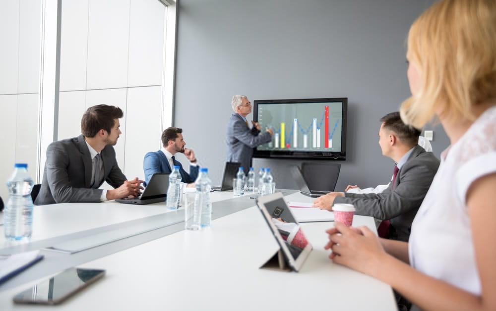Cum să încorporați date și analize de marketing în rutina companiei dvs.