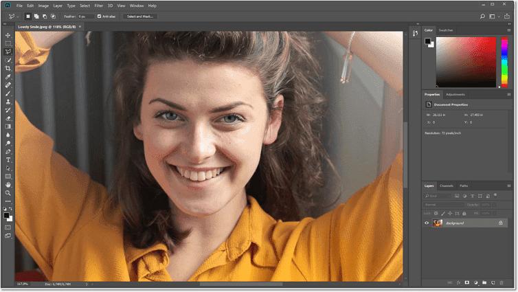 Rulați programul și adăugați fotografia pentru a lucra